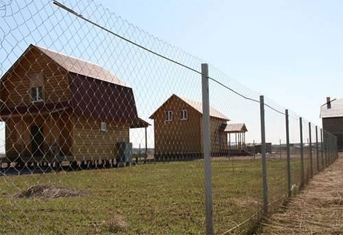 Забор в Климовске из сетки рабицы